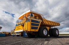 Top 5 xe tải lớn nhất thế giới: Số 1 mạnh bằng 7 chiếc Bugatti Chiron