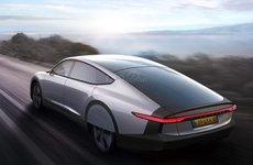 ô tô điện mặt trời đầu tiên trên thế giới lộ diện, thời gian vận hành khiến nhiều người bất ngờ