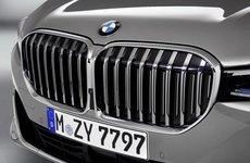 """Lưới tản nhiệt BMW 7-Series bị chê xấu, Giám đốc thiết kế """"tổn thương"""" nặng nề"""