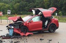 Ô tô điện có an toàn hơn ô tô bình thường khi gặp tai nạn?