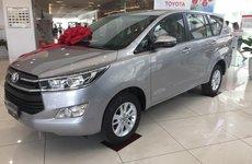 Sợ vía tháng 'cô hồn', đại lý sale sập sàn Toyota Innova 2019