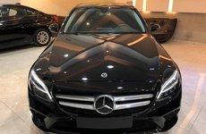 Mercedes-Benz C 180 2020 sắp ra mắt tại Việt Nam, đối đầu Toyota Camry có gì đặc biệt?