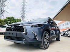 Bán Toyota Corolla Cross 1.8V màu xám xanh giao ngay
