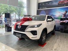 Cần Bán Toyota Fortuner 2021 số sàn, xả kho giá tốt, trả trước 199tr, giao ngay
