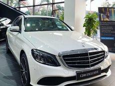 Mercedes Benz C200 Exclusive Vin 2021 - KM tiền mặt kèm quà tặng lên tới 100tr đồng - sẵn xe giao ngay
