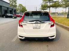 Cần bán Honda Jazz năm sản xuất 2018, màu trắng, hỗ trợ bank 70% giá trị xe