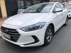 Bán Hyundai Elantra năm 2018, màu trắng, 468 triệu