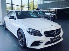 Cần bán Mercedes Benz C300 cực ưu đãi, sản xuất 2021