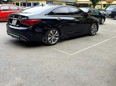 Bán Hyundai Sonata đời 2011, màu đen, xe nhập còn mới