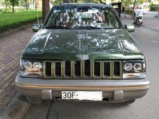 Bán xe Jeep Grand Cheroke 1996, xe nhập số tự động, giá 230tr