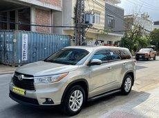 Cần bán xe Toyota Highlander năm sản xuất 2014