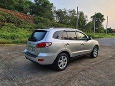 Cần bán Hyundai Santa Fe sản xuất năm 2007, màu bạc số tự động