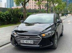 Cần bán gấp Hyundai Elantra sản xuất năm 2017, giá tốt bản tự động, xe chủ đời đầu