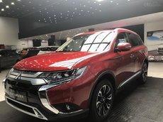 Mitsubishi Outlander 2.0 CVT Premium 2021 giá chỉ 210tr, vay 80% lãi suất cực ưu đãi