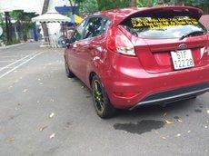 Ford Fiesta 2015 màu đỏ, đi 68 000 km