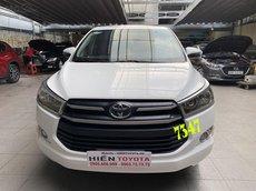 Cần bán xe Toyota Innova E 2018 - số sàn - giá tốt