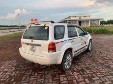 Bán Ford Escape năm sản xuất 2002, màu trắng số tự động, giá 139tr