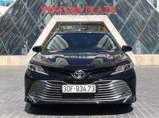 Toyota Camry 2.0G 2019 - xe lướt nhập khẩu - xe giá cạnh tranh - đi 19000 km