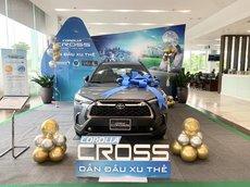 Toyota Cross bản V 2021 - đủ màu - giao ngay - giá tốt nhất tại Hà Nội