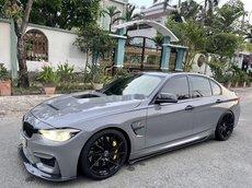 Cần bán BMW 320i sản xuất 2013, xe nhập còn mới