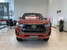 [ Đại lý Toyota] Toyota Hilux 2021, giảm tiền mặt tại showroom, tặng gói phụ kiện 20tr, xe giao ngay