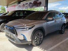 Cần bán Toyota Corolla 2021 đời 2021, màu bạc, nhập khẩu