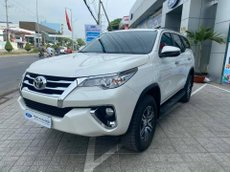 Bán Toyota Fortuner sản xuất 2020, màu trắng số tự động