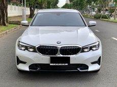 Bán BMW320 Sport Line 2021 mẫu mới nhất hiện nay đi 4.600miles bao check hãng