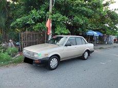 Cần bán Toyota Corolla 1982, màu nâu, giá cả hợp lý!