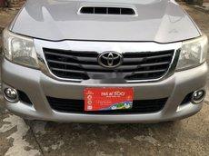 Cần bán Toyota Hilux sản xuất 2014, nhập khẩu nguyên chiếc