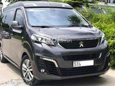 Cần bán gấp Peugeot Traveller năm sản xuất 2021, màu xám, xe nhập còn mới