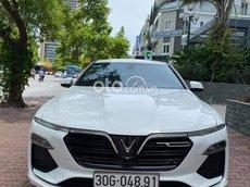 Bán ô tô VinFast LUX A2.0 2019, màu trắng