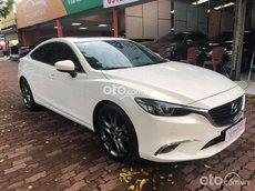 Cần bán gấp Mazda 6 2.0 Premium năm sản xuất 2017, màu trắng