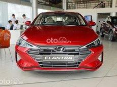Bán Hyundai Elantra 2021, màu đỏ giá cạnh tranh