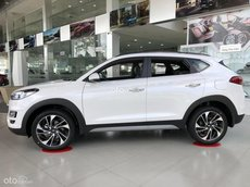 Cần bán Hyundai Tucson 2021, màu trắng