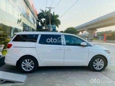 Cần bán xe Kia Sedona 3.3 GAT Signature năm sản xuất 2021, màu trắng