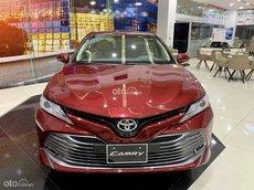 Toyota Camry 2021 giao ngay - đẳng cấp sang trọng