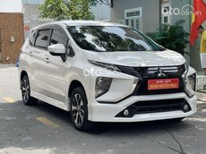 Cần bán Mitsubishi Xpander sản xuất 2018, màu trắng số sàn, giá tốt