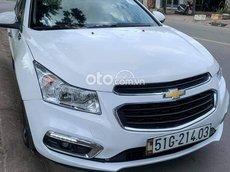 Cần bán xe Chevrolet Cruze đời 2016, màu trắng, 300 triệu