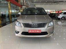 Cần bán gấp Toyota Innova 2.0E năm 2013, giá tốt