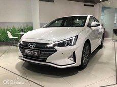 Bán ô tô Hyundai Elantra 2021, màu trắng, giá tốt