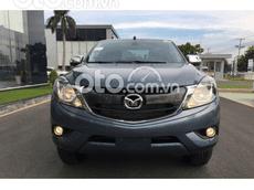 Cần bán xe Mazda BT 50 Luxury 4x2 sản xuất năm 2021, màu xanh ngọc, giá bán 634tr