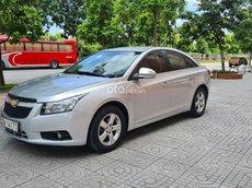 Cần bán lại xe Chevrole Cruze 1.6L LS số sàn sản xuất 2011, xe đẹp + vào nhiều đồ