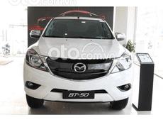 Cần bán xe Mazda BT 50 Luxury 4x2 đời 2021, màu trắng, giá 634tr