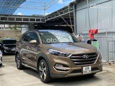 Bán nhanh với giá ưu đãi nhất chiếc Hyundai Tucson đời 2018, màu nâu