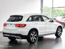 Cần bán Mercedes GLC 200 4Matic sản xuất 2021, màu trắng