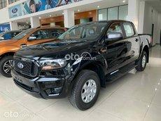 Bán xe Ford Ranger XLS AT đời 2021, màu đen, xe nhập