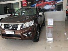 Nissan Navara - Xả kho không lo về giá