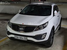 Cần bán gấp Kia Sportage 2.0 AT sản xuất năm 2013, màu trắng, xe nhập