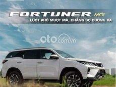 Cần bán Toyota Fortuner 2.8 4x4 AT sản xuất 2021, màu trắng